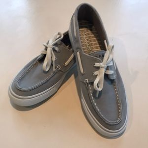 Sperry canvas boat shoe